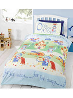 Household & Kitchen  - Camelot Knights Single Duvet Cover and Pillowcase Set