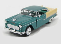 Chevrolet Bel Air (1955) in Green and Cream (1:24 scale by Motor Max 73229G)