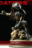Collectibles & Rare Objects  - Falconer Predator Maquette