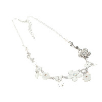 Womens Jewellery > Necklaces  - White Enamelled Flower Necklace