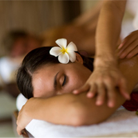 Pampering  - Herbal Compress Massage