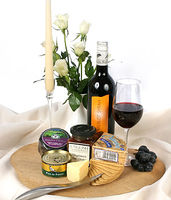 Hampers  - Gift Hamper - A Gourmets Feast