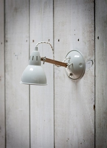 Bermondsey Wall Light in Chalk - Steel